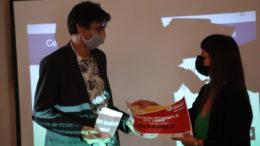 La mention spéciale du jury à Sandrine Adatte de ZI FAMILY – Remis par Alan Chakri, président de l'association Webcup